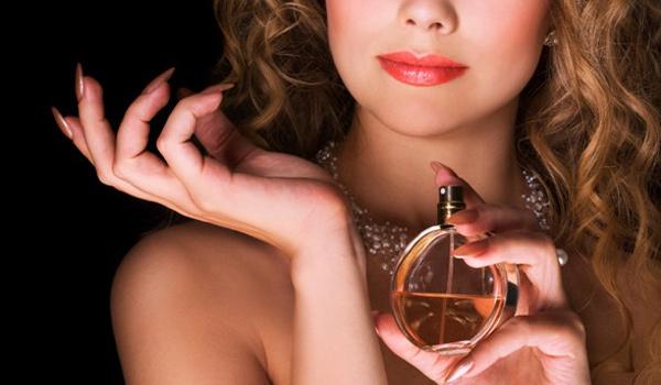 en seksi 10 parfüm